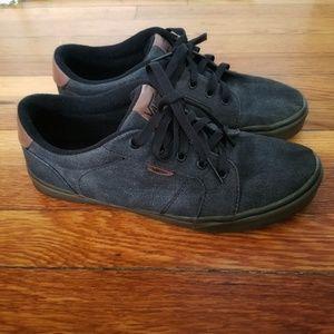 Vans men's gray low top sneakers